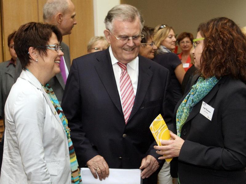Erwin Teufel bei den Unternehmerfrauen im Handwerk ufh, Oktober 2012